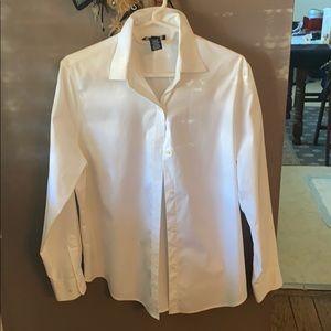 Jones of New York basic white cotton shirt